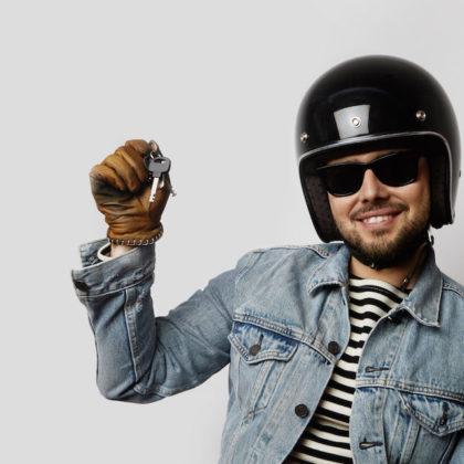 Ratgeber Brille beim Motorradfahren Optiker Steiermark